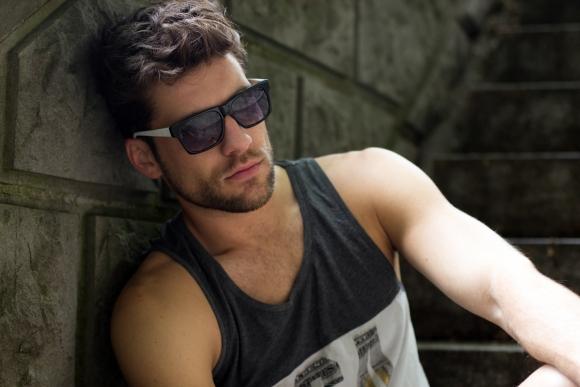 Sunglasses: Xray Eyewear (www.xray-eyewear.ch)