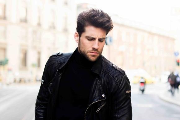 Leather jacket: Tigha